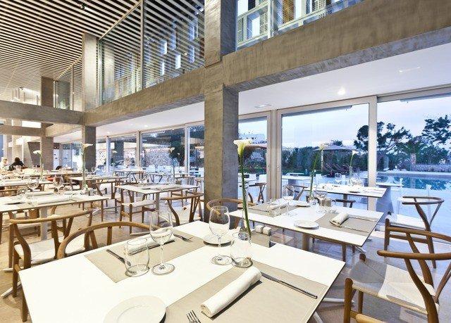 chair property Boat yacht vehicle restaurant passenger ship Resort marina condominium