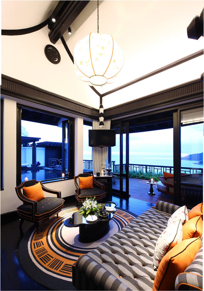 property condominium yacht Suite Resort home passenger ship vehicle Villa living room Boat mansion