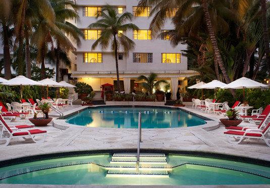 swimming pool leisure Resort resort town Villa Boat
