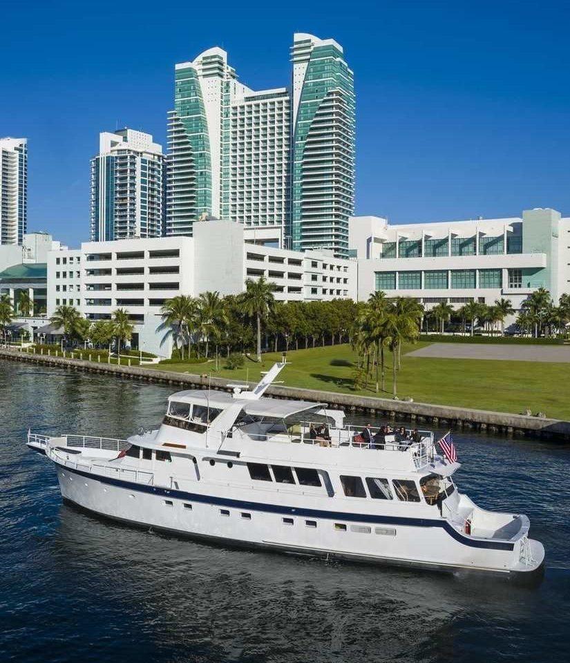 water Boat passenger ship vehicle motor ship ecosystem ship marina yacht watercraft luxury yacht white dock skyline big Sea