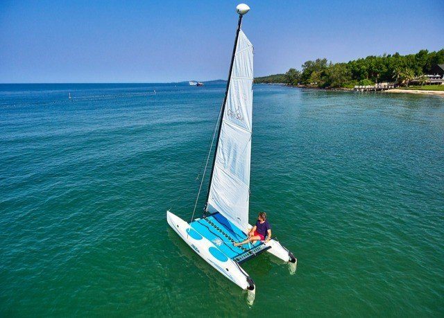 water sky sailboat Boat vehicle sail sailing Sea catamaran watercraft dinghy sailing sailing ship mast wave sailing vessel