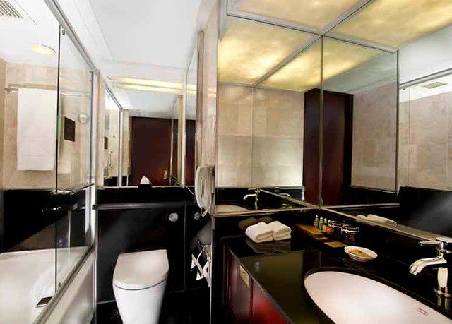 bathroom vehicle property sink yacht Boat passenger ship luxury yacht Suite toilet