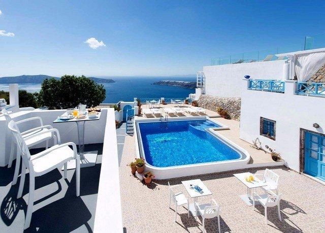 sky swimming pool property passenger ship leisure vehicle yacht Villa ship Boat condominium watercraft