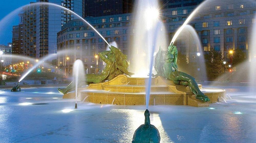 fountain building water landmark night swimming pool water feature light Water park Boat skyscraper sprinkler system