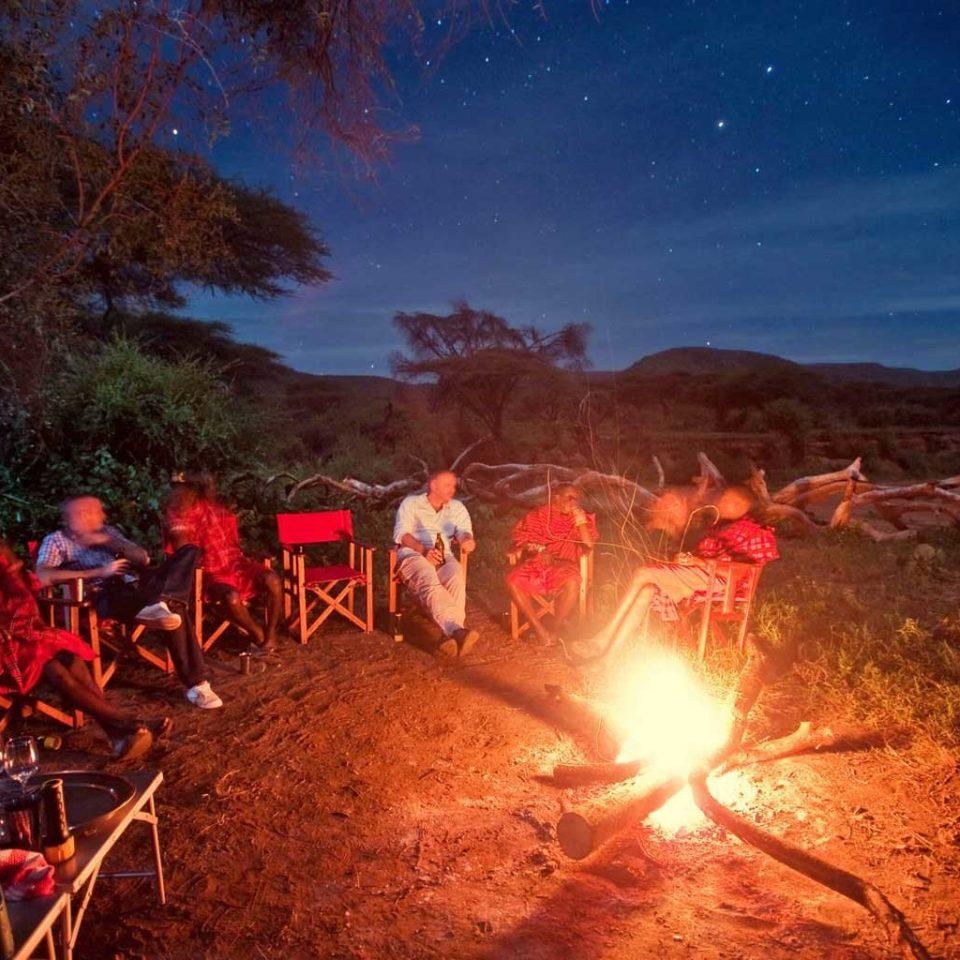 campfire fire bonfire geological phenomenon night light screenshot dark
