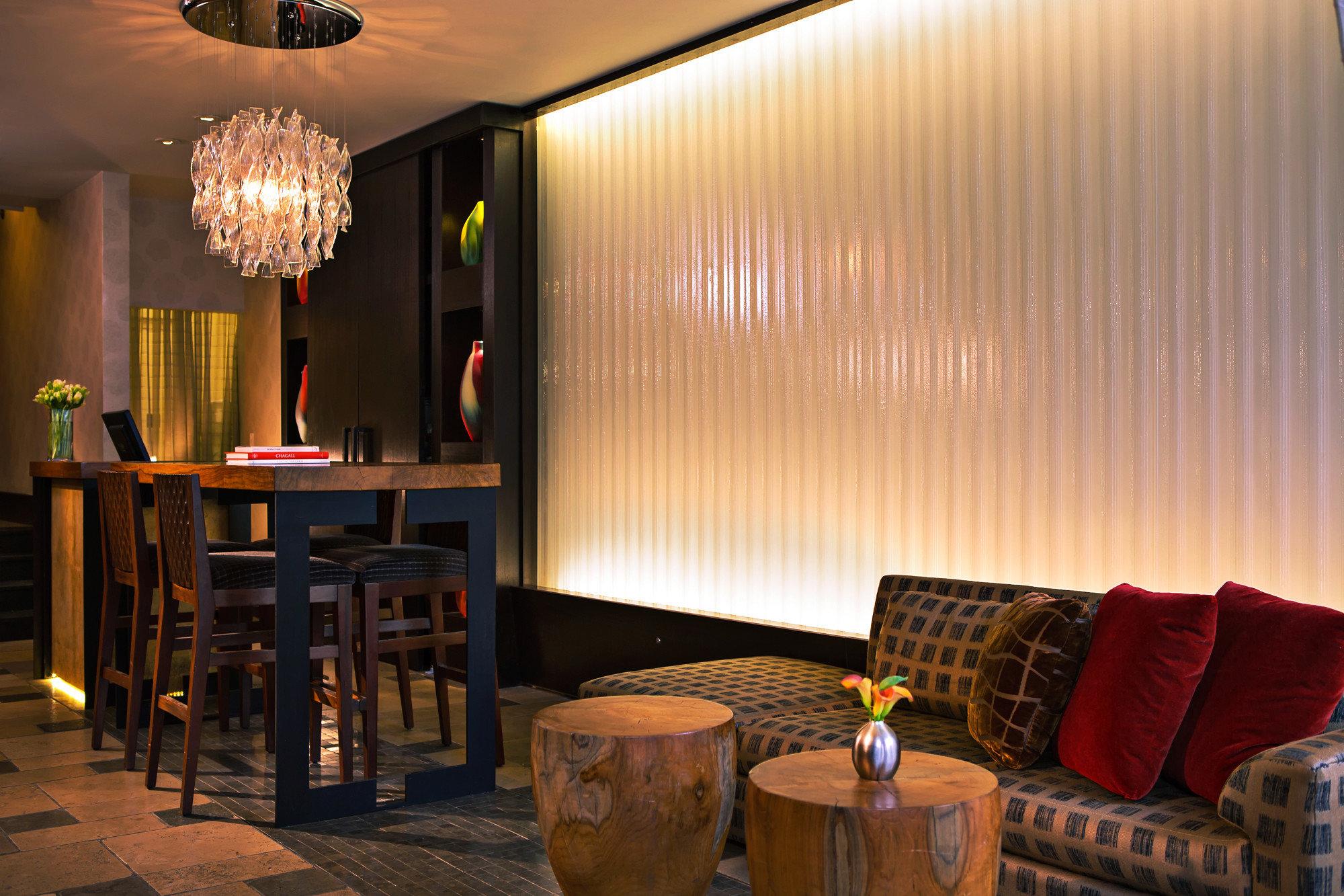 Boutique Boutique Hotels Business City Hip Hotels Lobby Lounge lighting restaurant Suite living room