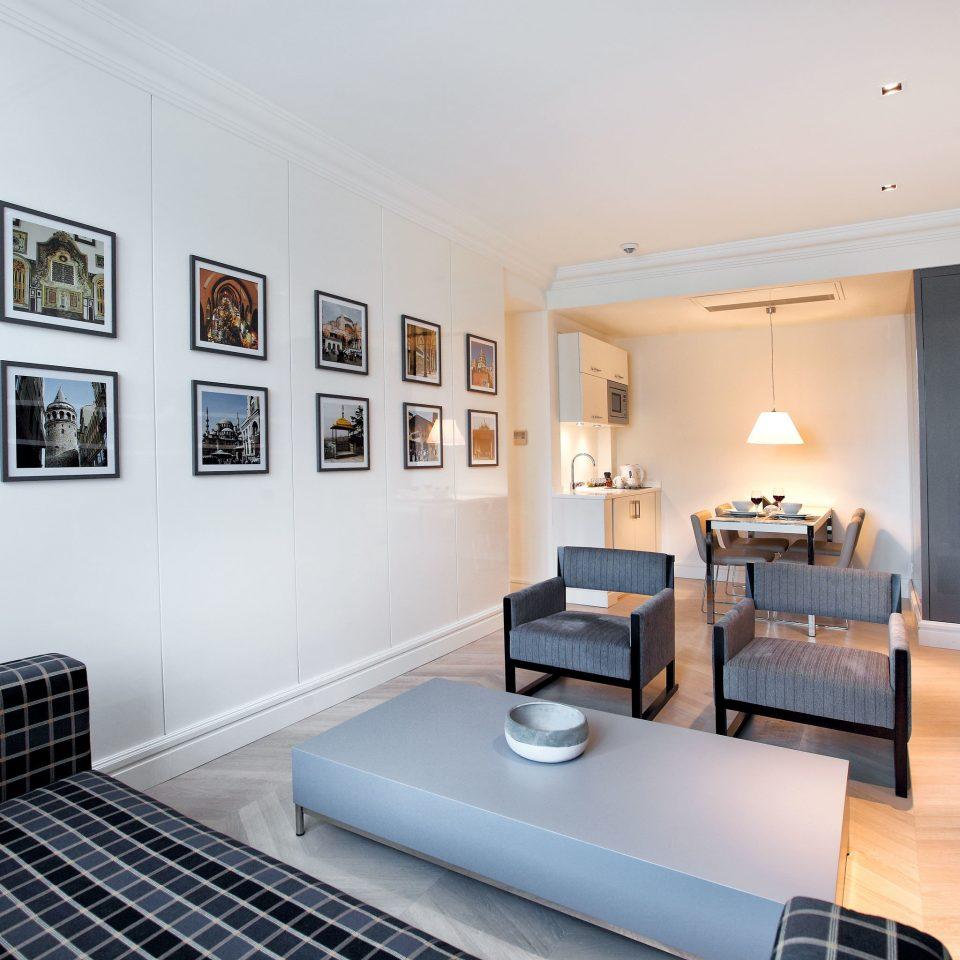 Boutique Budget City Classic Lounge Suite property living room condominium home mansion