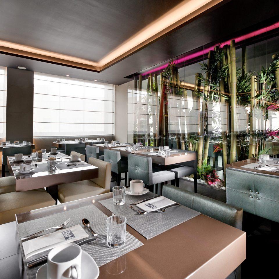 Boutique Budget City Dining Eat Hip Lounge Nightlife restaurant cluttered
