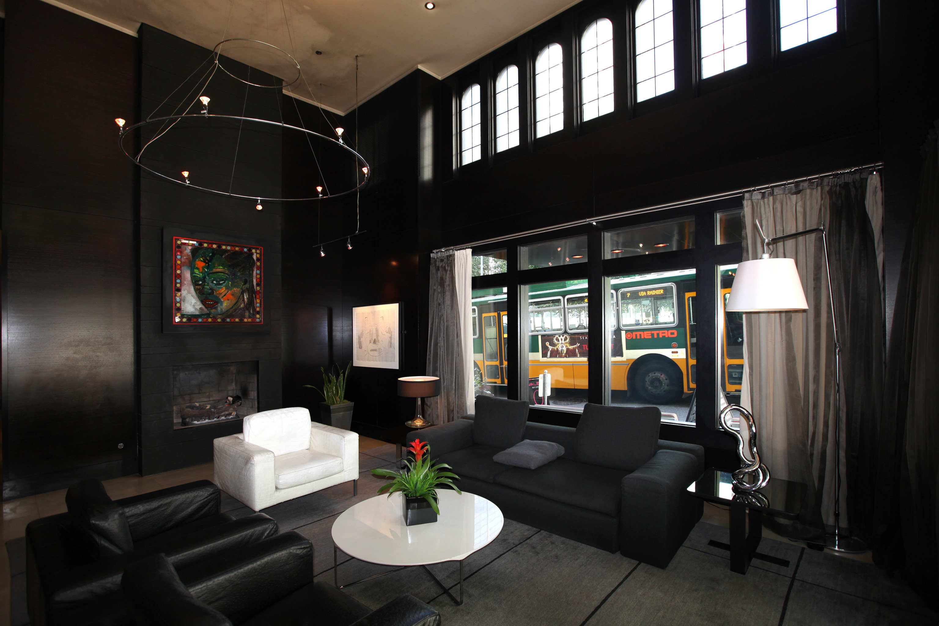 Boutique Budget City Drink Hip Lobby Lounge living room home tourist attraction