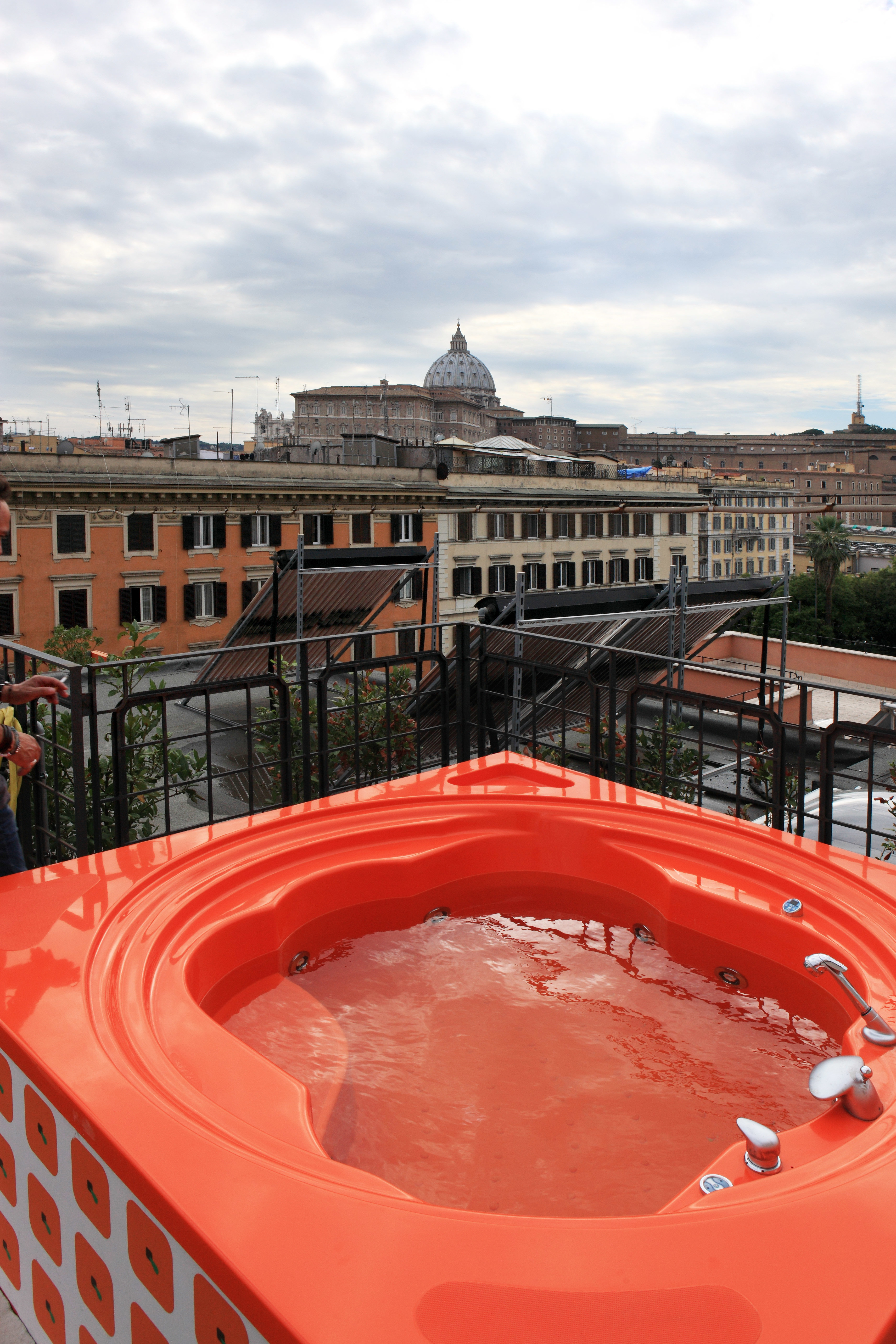Boutique Budget City Hot tub Hot tub/Jacuzzi sky building red swimming pool sport venue orange
