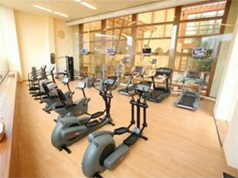 Boutique Budget Classic Fitness structure gym sport venue condominium muscle