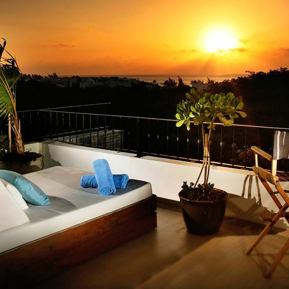 Boutique Budget Lounge Rooftop Rustic Scenic views Tropical house home Villa Resort