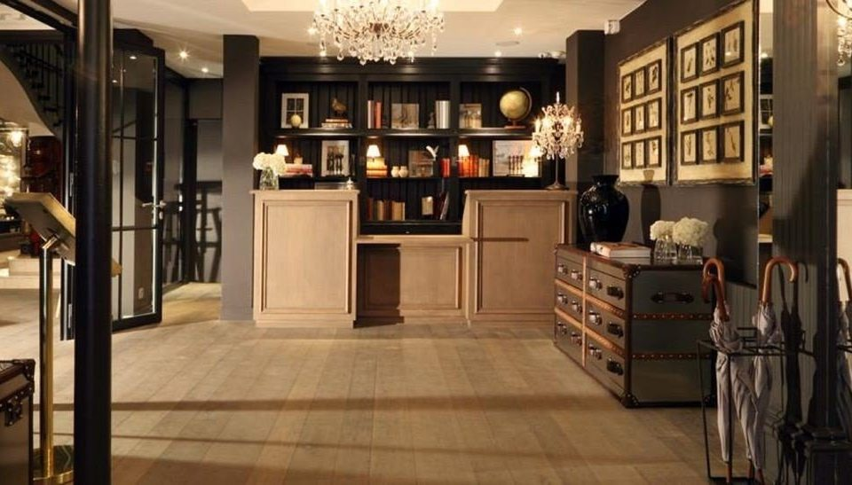 Boutique property cabinetry home flooring hall living room