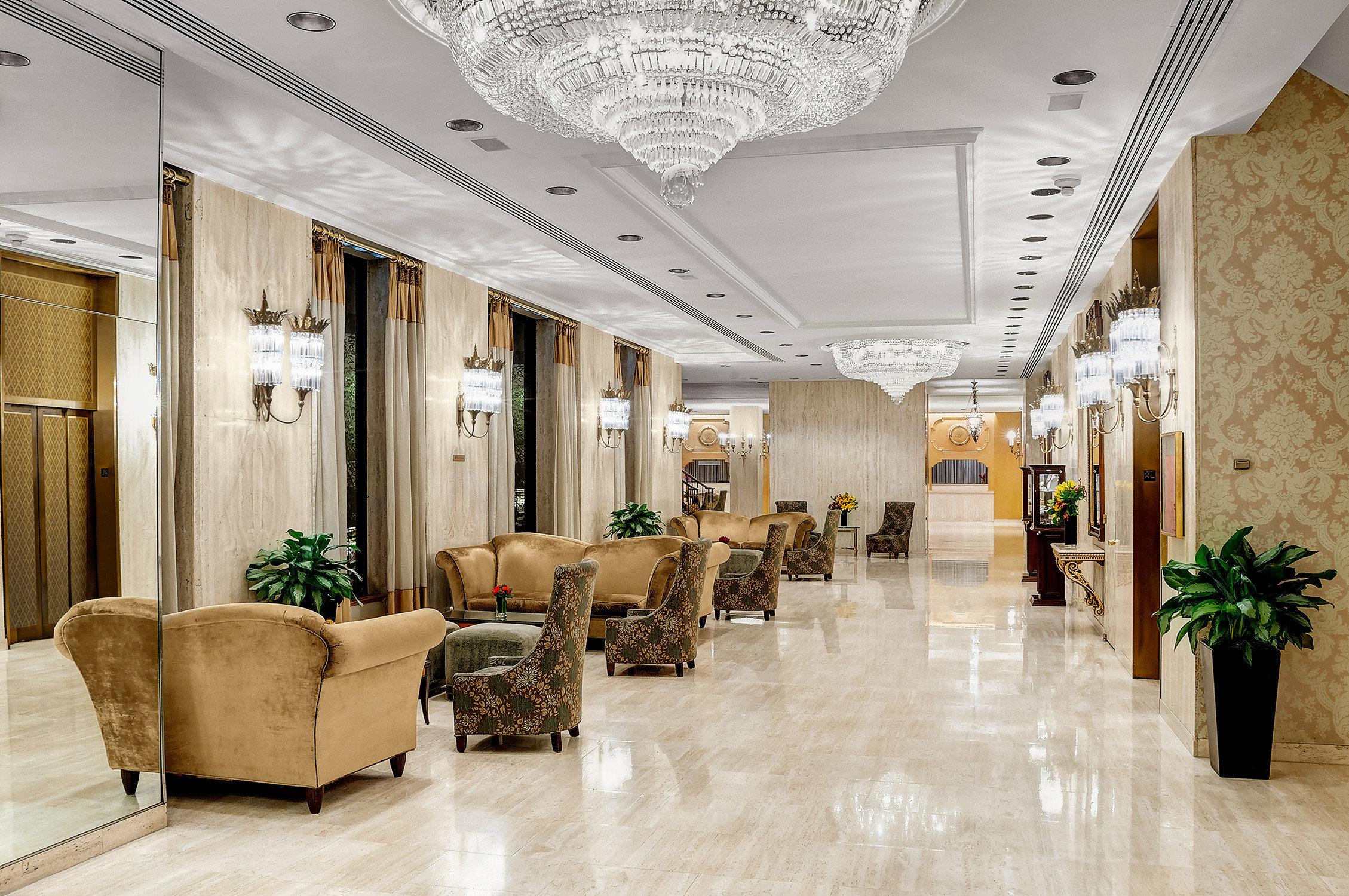 City Classic Elegant Lobby Lounge Parks lighting living room hall Boutique ballroom