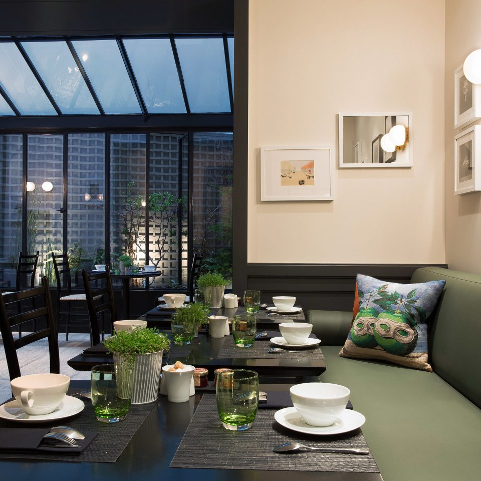 Boutique City Courtyard Dining Drink Eat Modern property living room condominium home Lobby