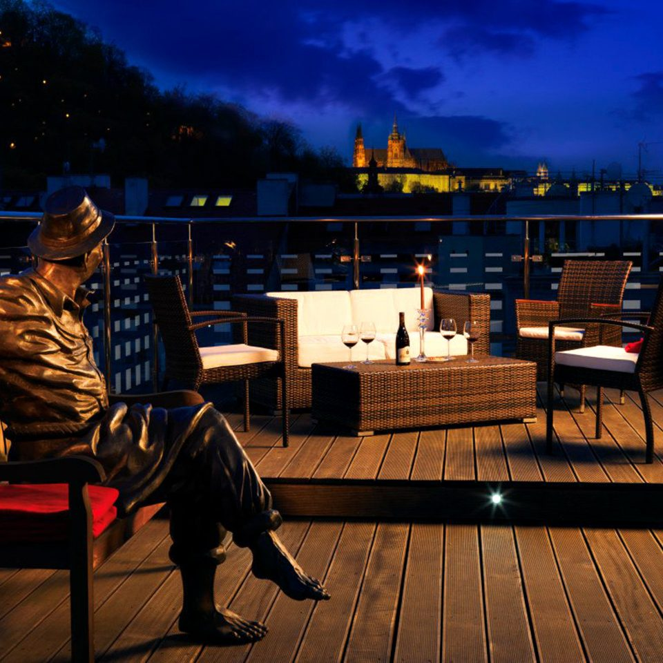 Boutique City Deck Drink Elegant Modern Rooftop Scenic views Wine-Tasting night evening screenshot
