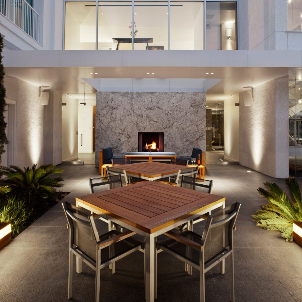 Boutique City Deck Fireplace Modern Patio property home condominium house living room Villa mansion lighting Lobby Island