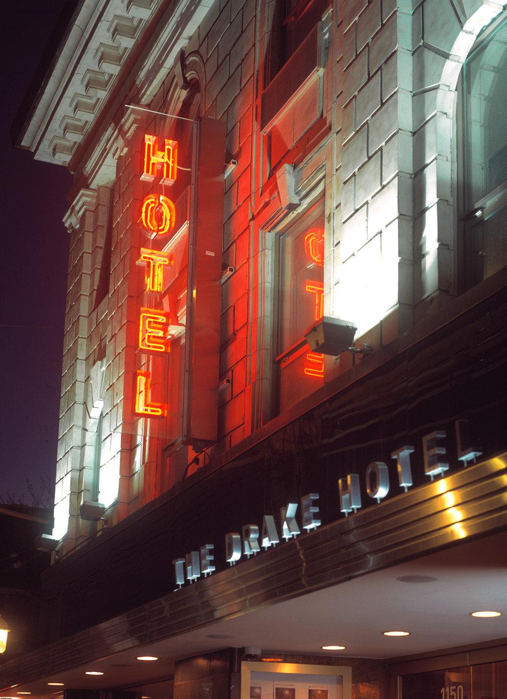 Boutique City Exterior Hip Modern building night light Downtown evening lighting shape restaurant signage