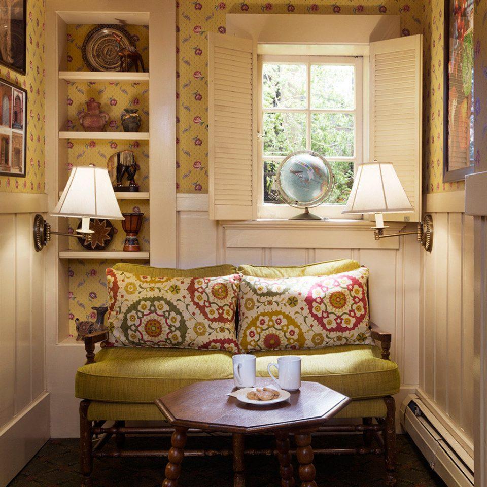 Boutique City Historic Lounge Romance Romantic property living room home cottage Suite farmhouse Kitchen mansion cabinetry