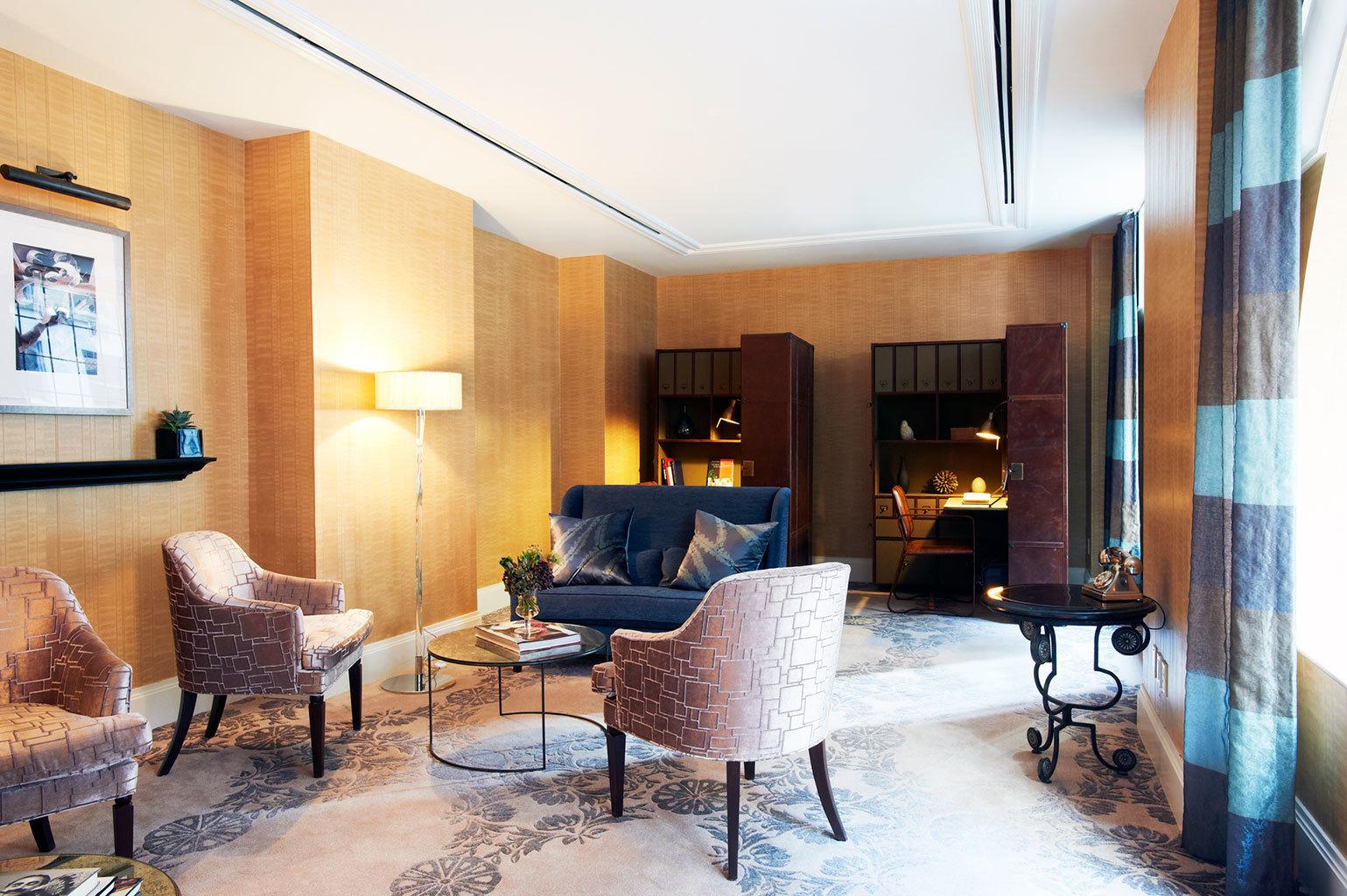 Boutique City Lobby Lounge Modern chair property living room condominium home Suite Villa mansion cottage