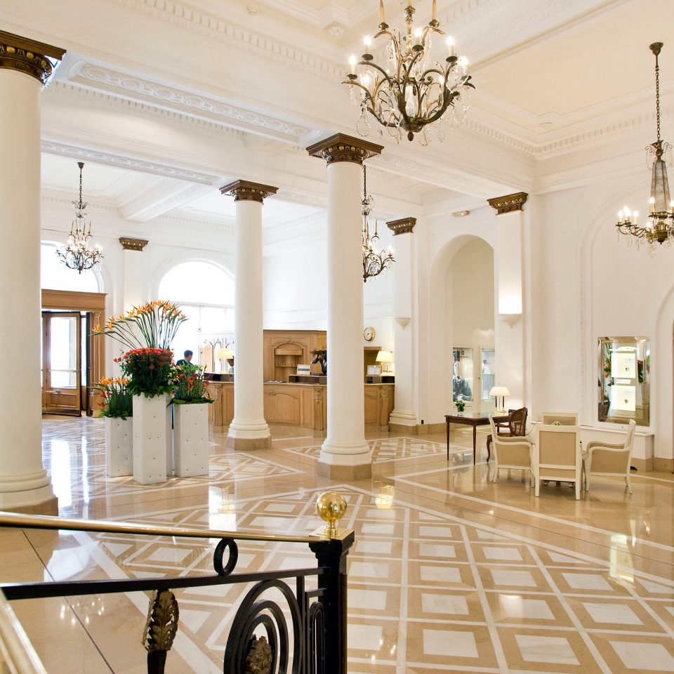 Classic Elegant Lobby Luxury property mansion living room home function hall ballroom palace hall Boutique