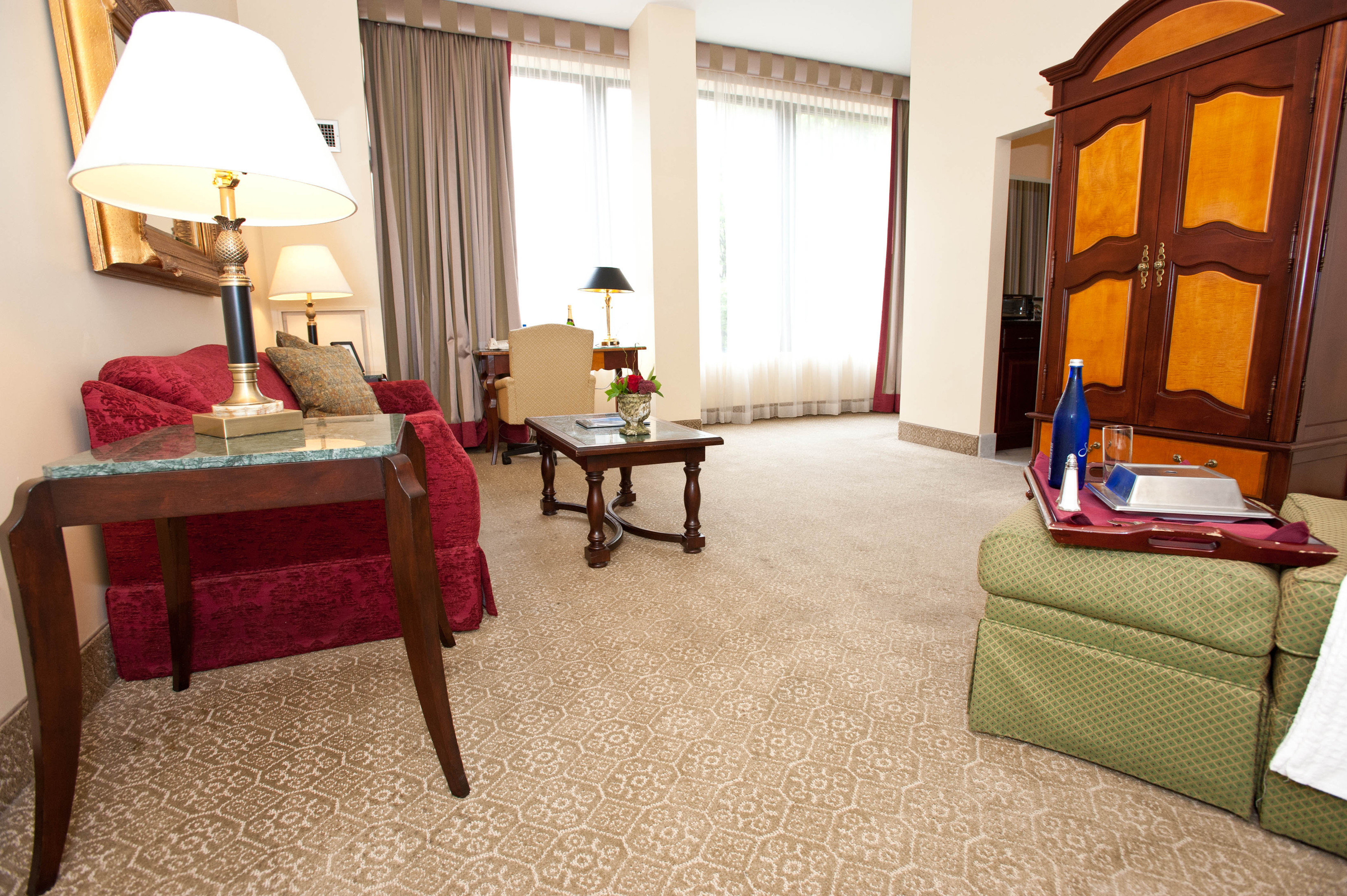 Boutique Classic Historic color chair property Suite home living room cottage Villa flooring