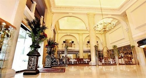 Classic Lobby property building palace Boutique mansion ballroom plaza