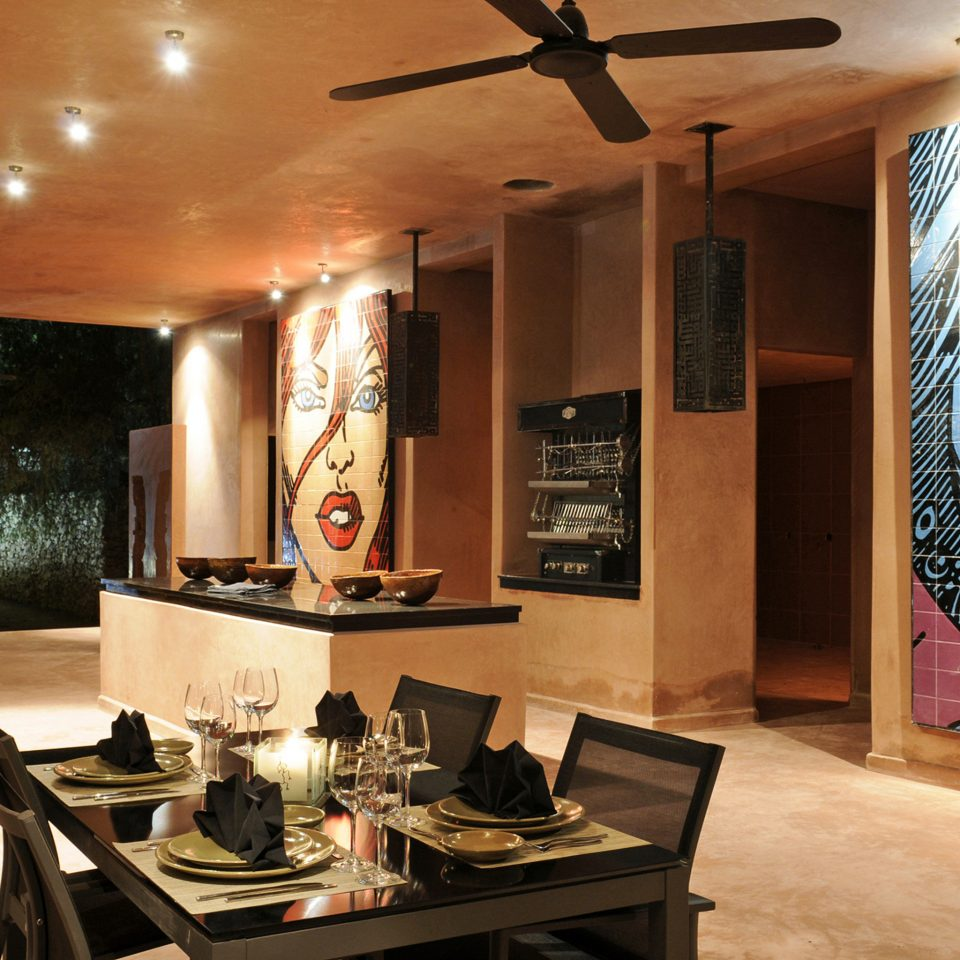 Dining Drink Eat Family Kitchen home living room Lobby restaurant Boutique Island