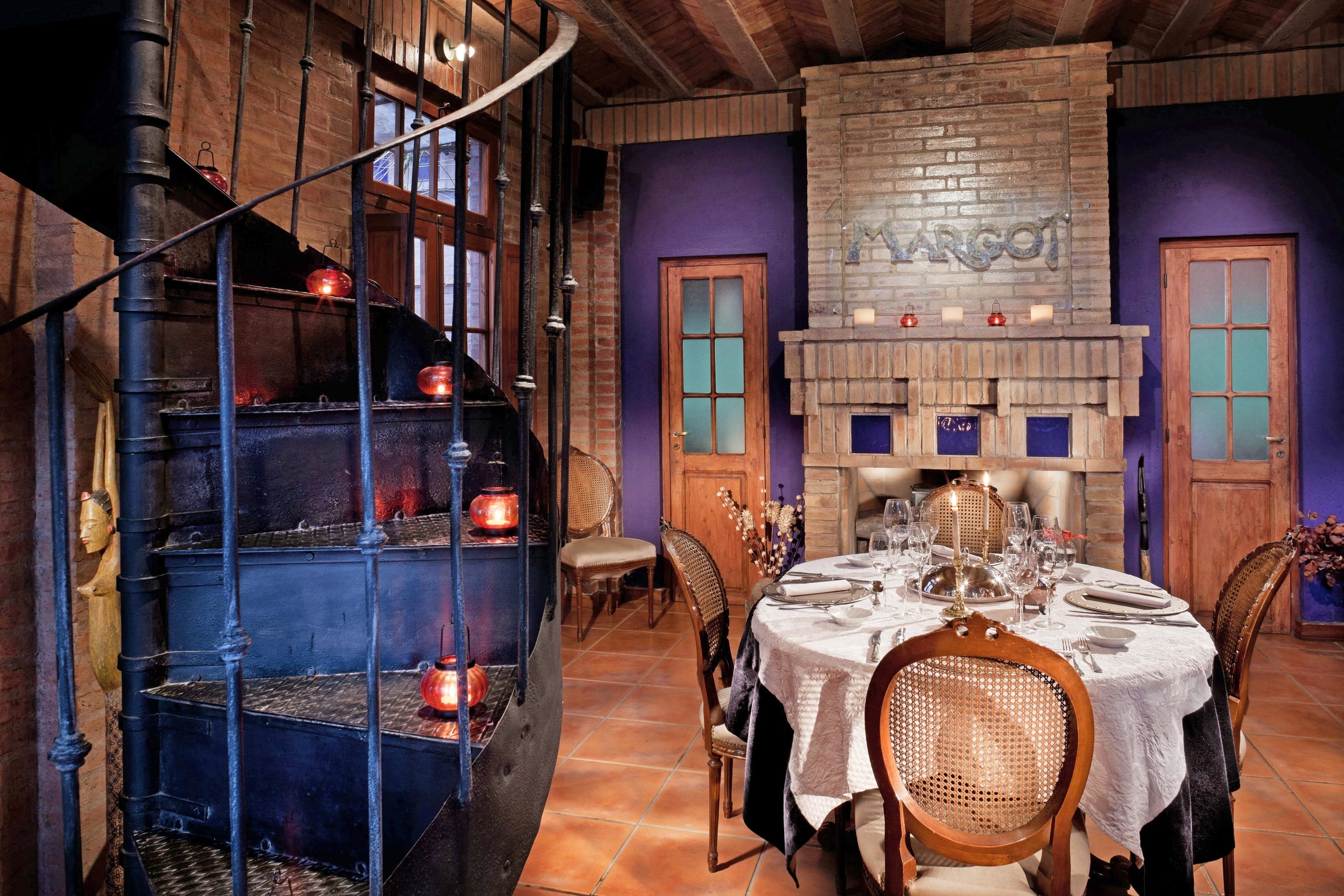 Boutique Dining Drink Eat Luxury chair home restaurant mansion basement