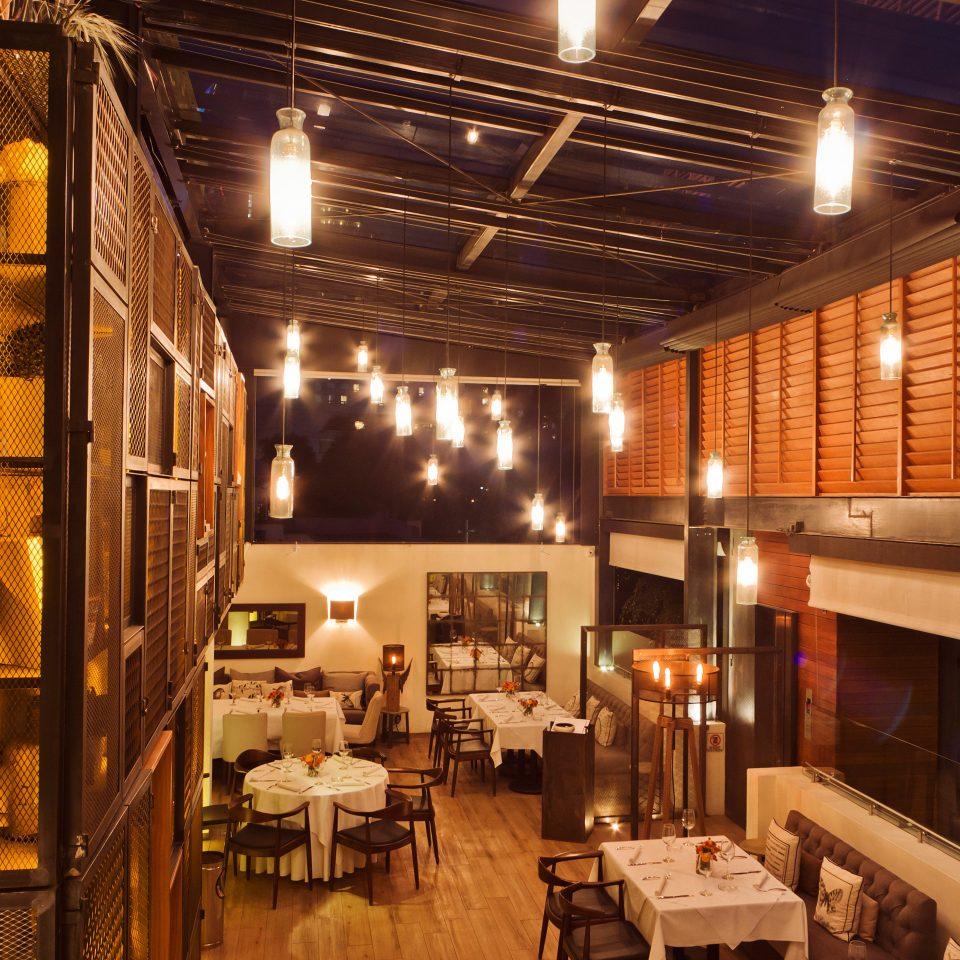 Boutique Dining restaurant lighting