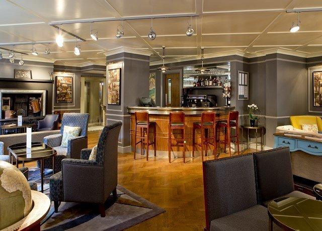 property Lobby living room restaurant condominium Boutique Dining