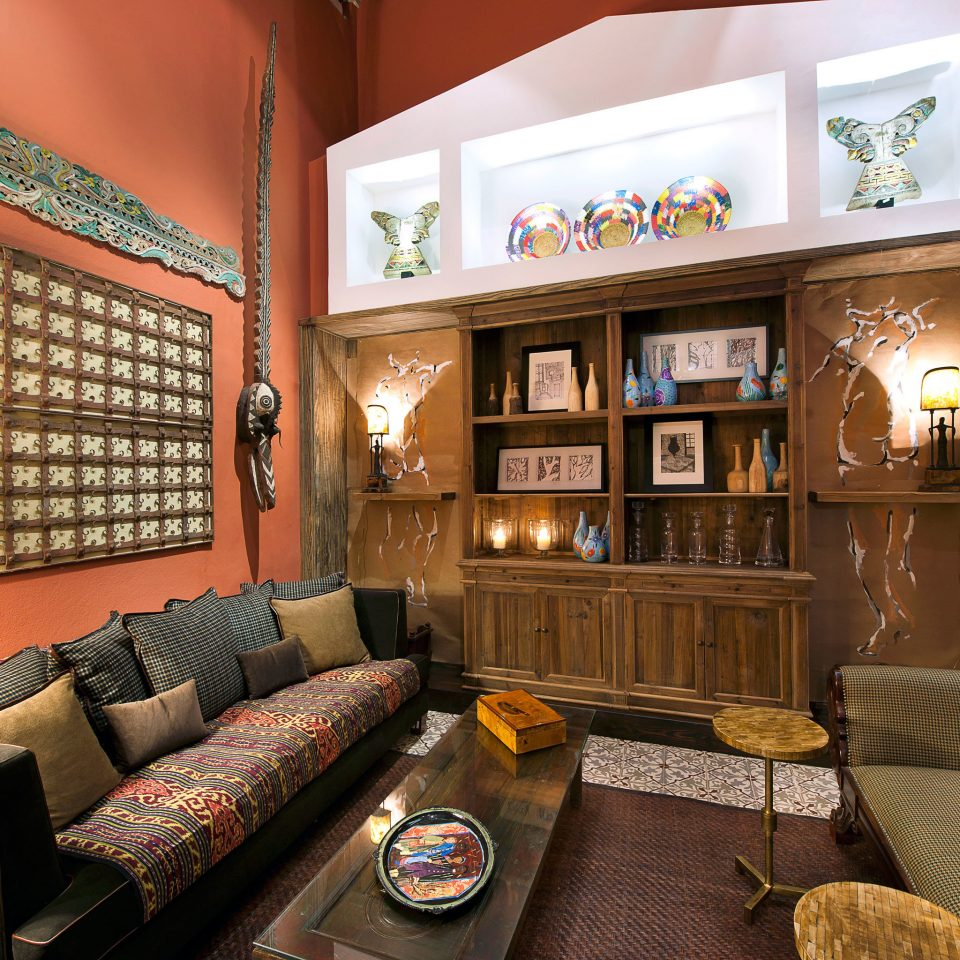 Boutique Drink Historic Lounge sofa living room property Lobby home recreation room condominium mansion