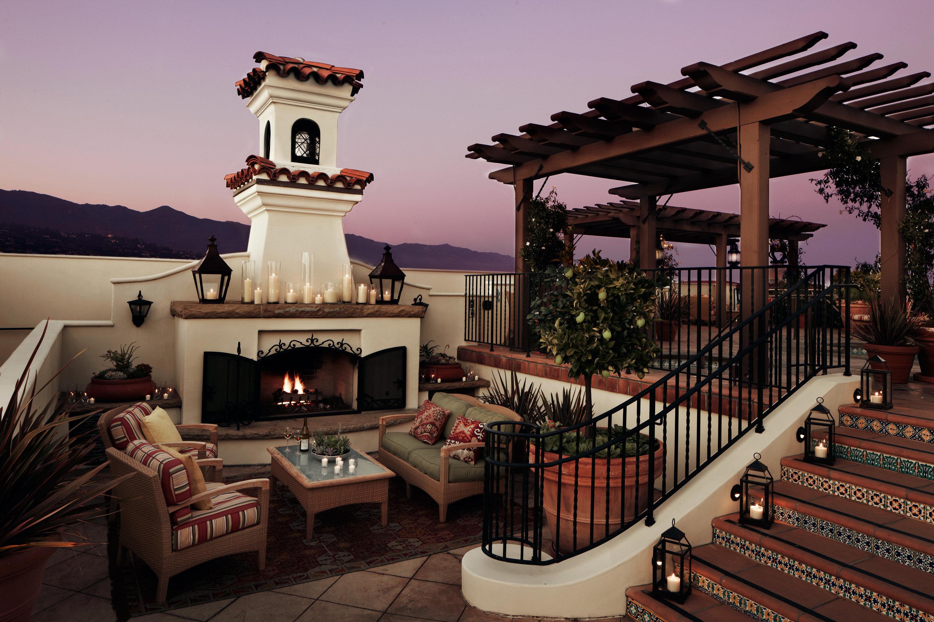 Boutique Elegant Exterior Fireplace Hotels Lounge Sunset Trip Ideas sky house mansion home Resort