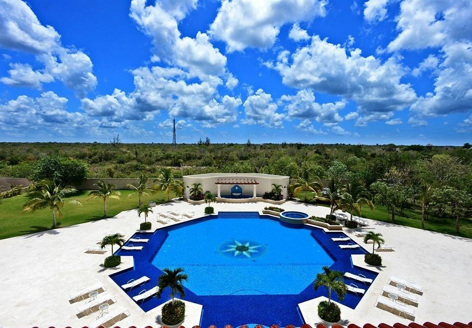 Boutique Exterior Modern Pool Waterfront sky swimming pool ecosystem Resort mansion blue day