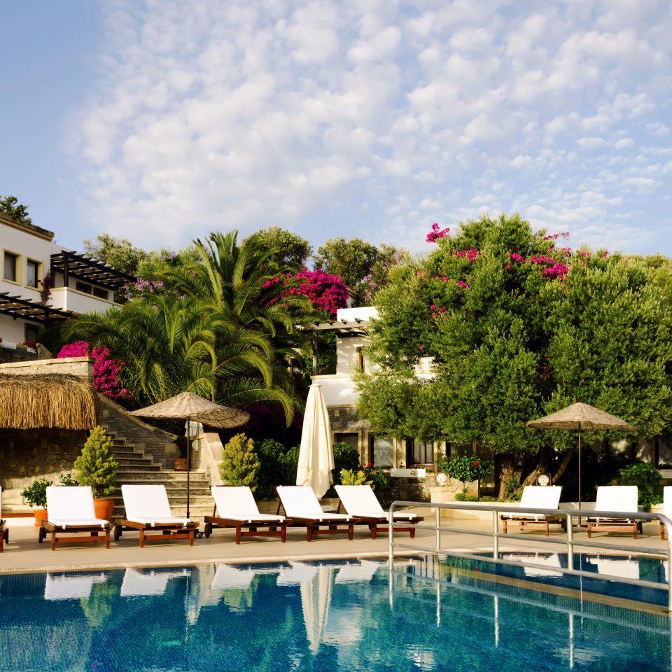 Boutique Exterior Pool sky tree leisure swimming pool Resort palace plaza Villa condominium