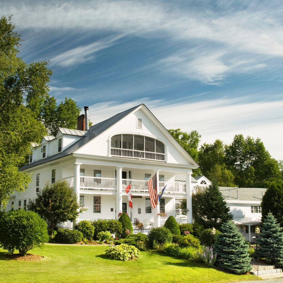 Boutique Hotels Classic Country Exterior Grounds Hotels Inn Romantic Getaways Romantic Hotels Trip Ideas tree grass house home property residential area building lawn suburb cottage mansion Garden farmhouse manor house plant residential lush