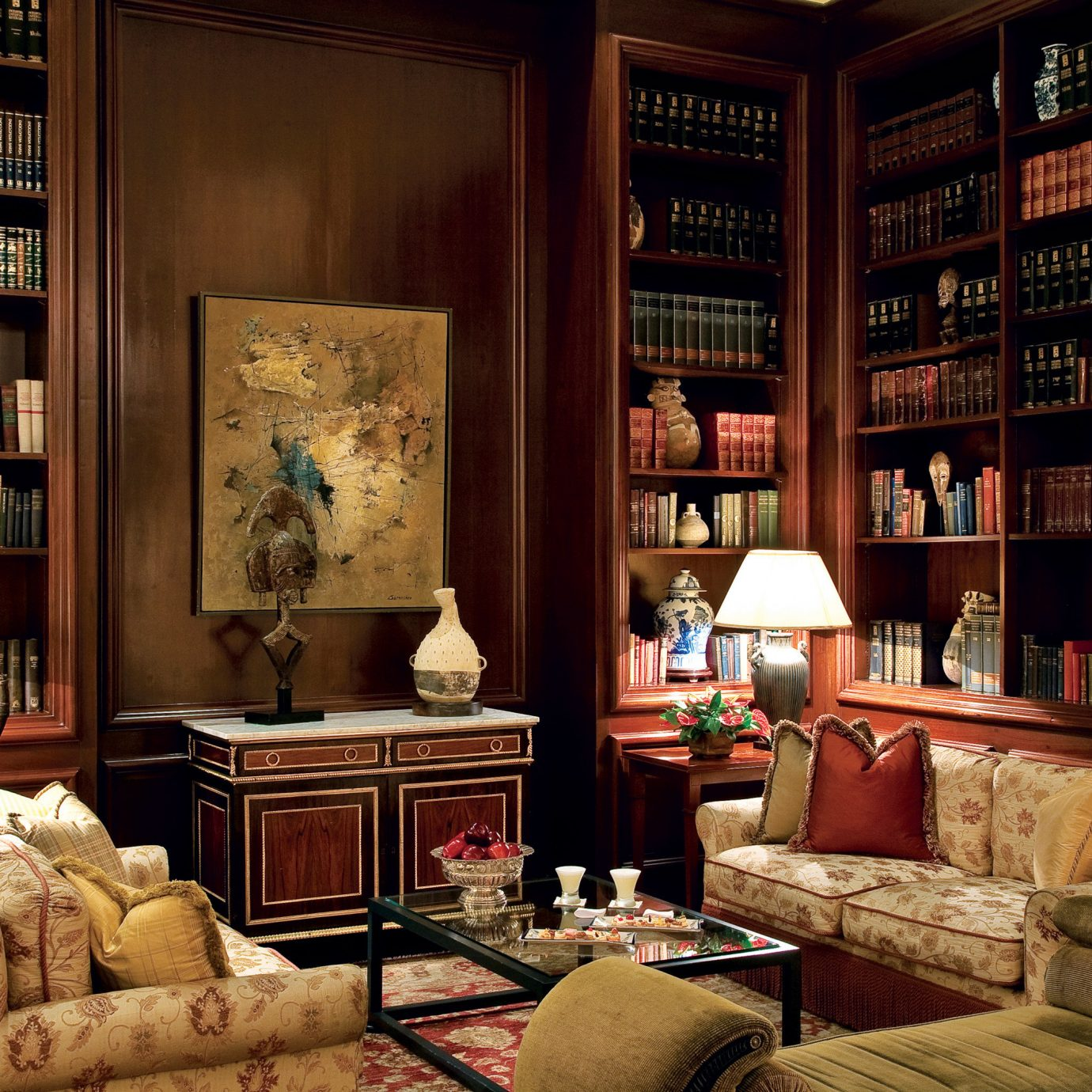 Boutique Hotels Historic Hotels Lounge Luxury living room shelf home cluttered
