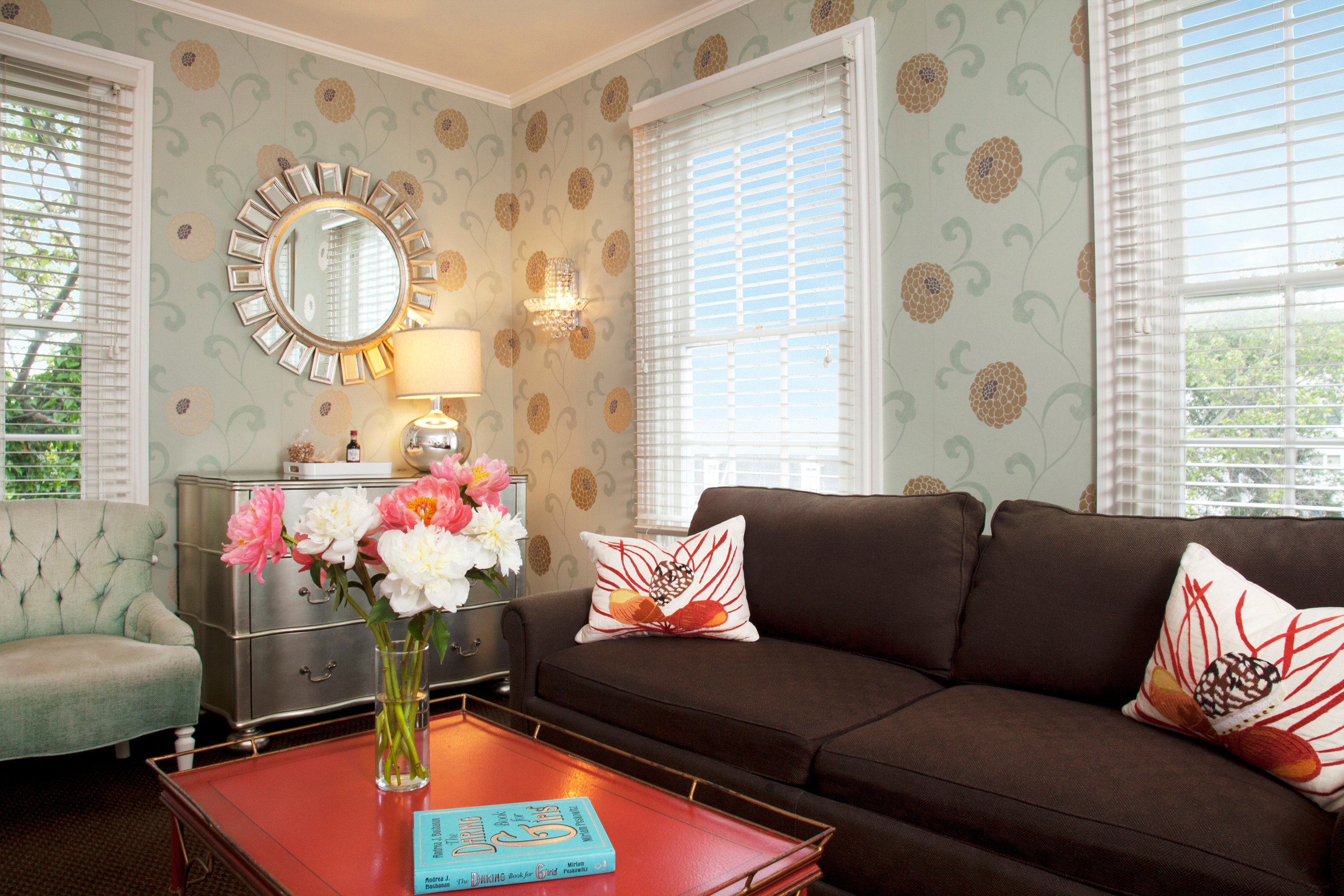 Boutique Hotels Modern sofa living room property home seat cottage condominium Suite leather