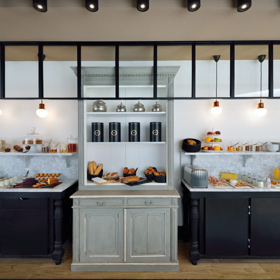 Boutique Kitchen Modern cabinetry home cuisine food counter