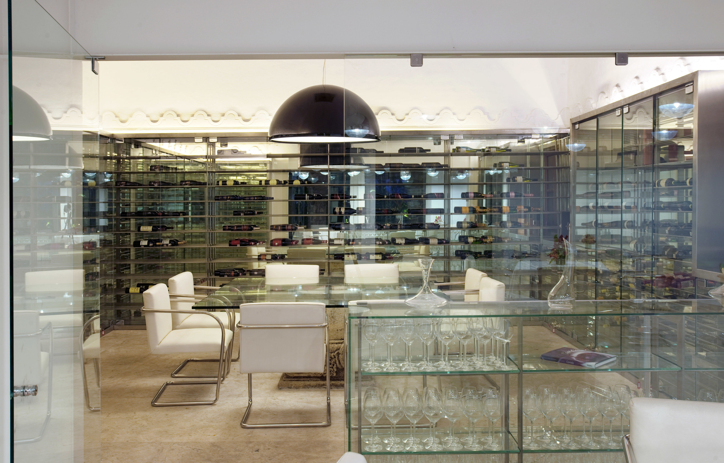 property retail Boutique Lobby bakery glass flooring