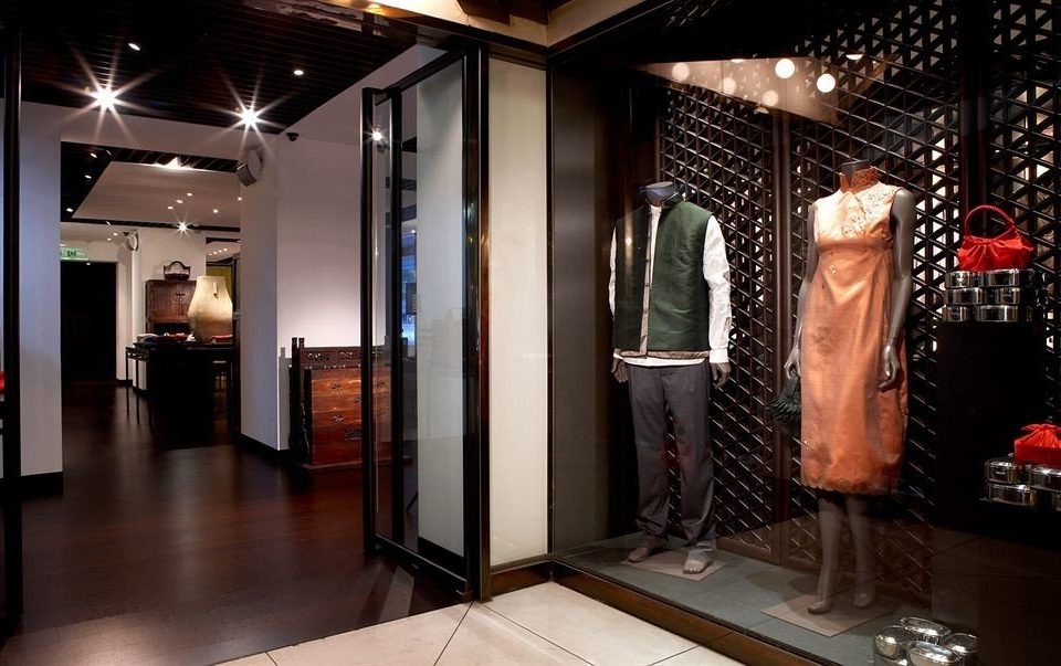 Boutique building retail display window Lobby