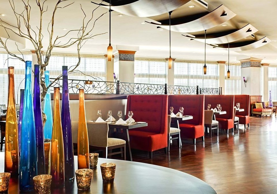 restaurant scene Boutique Lobby function hall retail