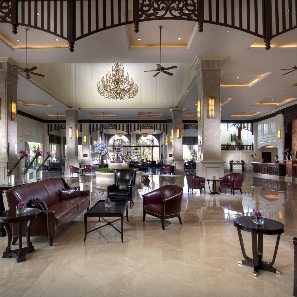 Lobby Lounge Resort chair restaurant Boutique café shopping mall retail food court cafeteria