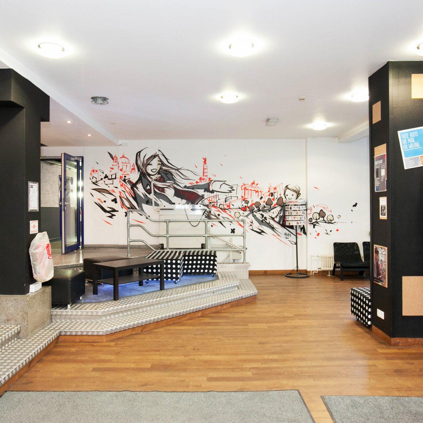 Lobby Lounge Boutique retail
