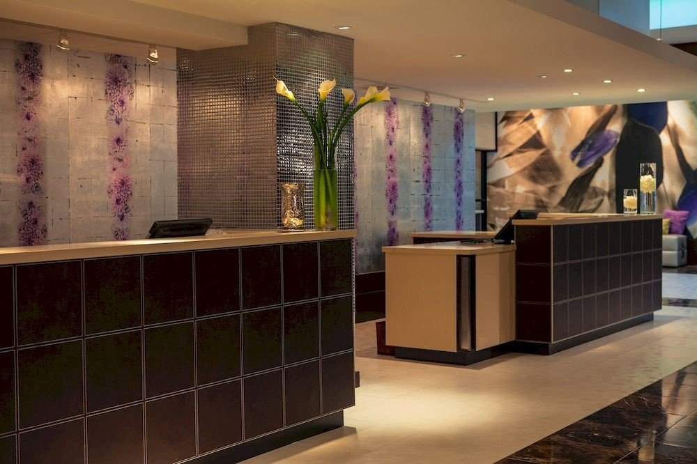 Boutique Lobby retail