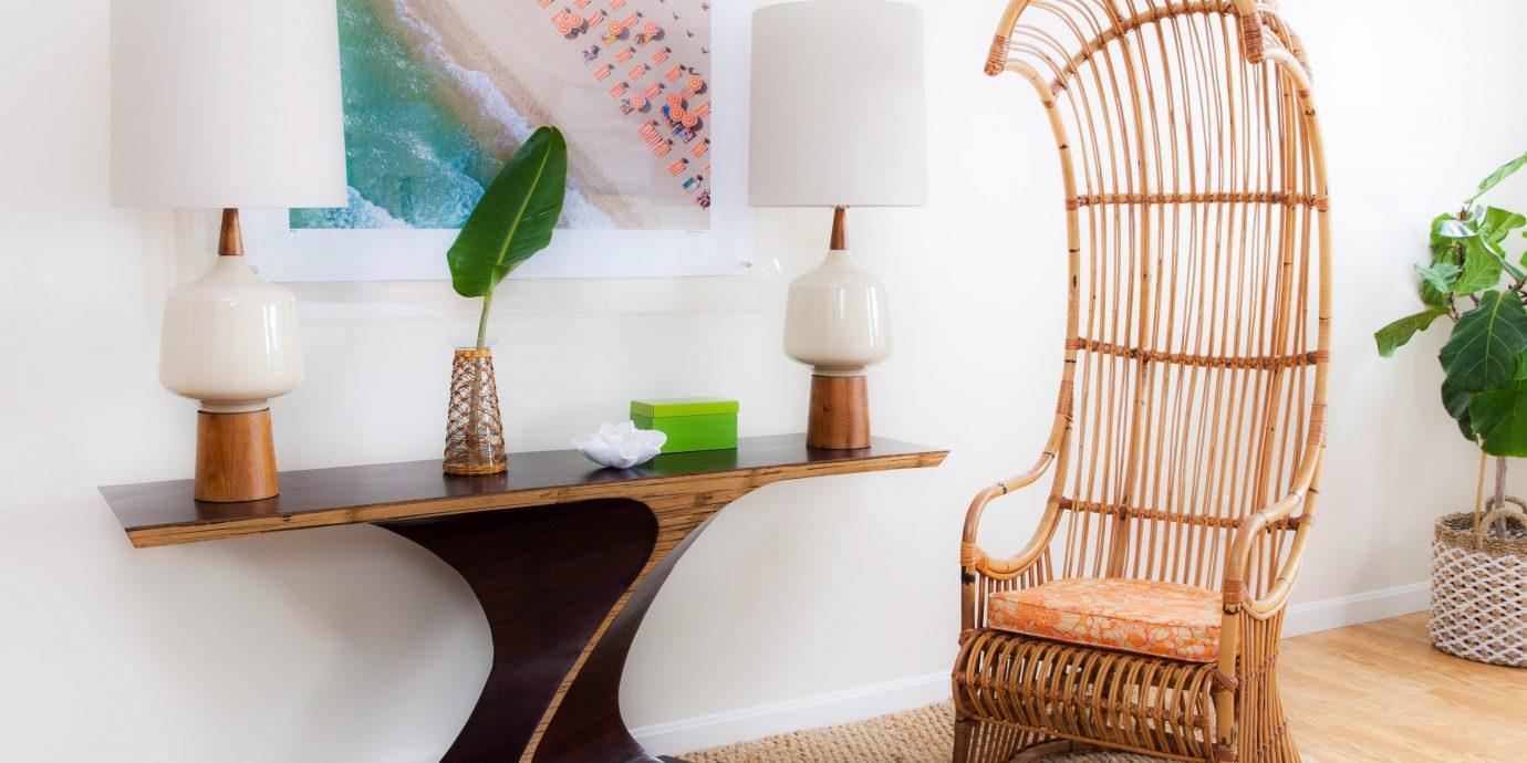 Boutique Modern living room shelf chair