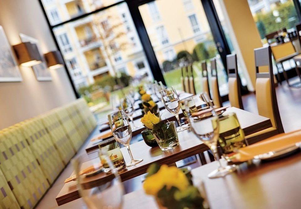 restaurant brunch brand worktable