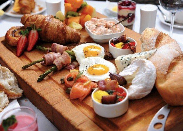 food plate hors d oeuvre brunch full breakfast breakfast cuisine lunch restaurant meat tapas bread sliced