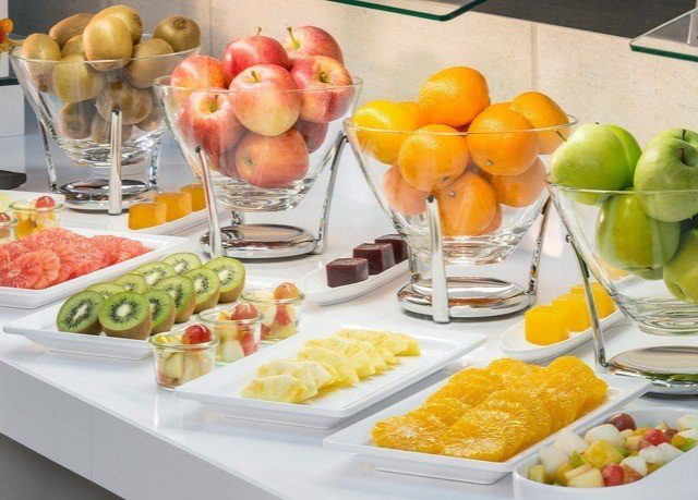 food plate lunch breakfast counter brunch buffet garnish hors d oeuvre fruit