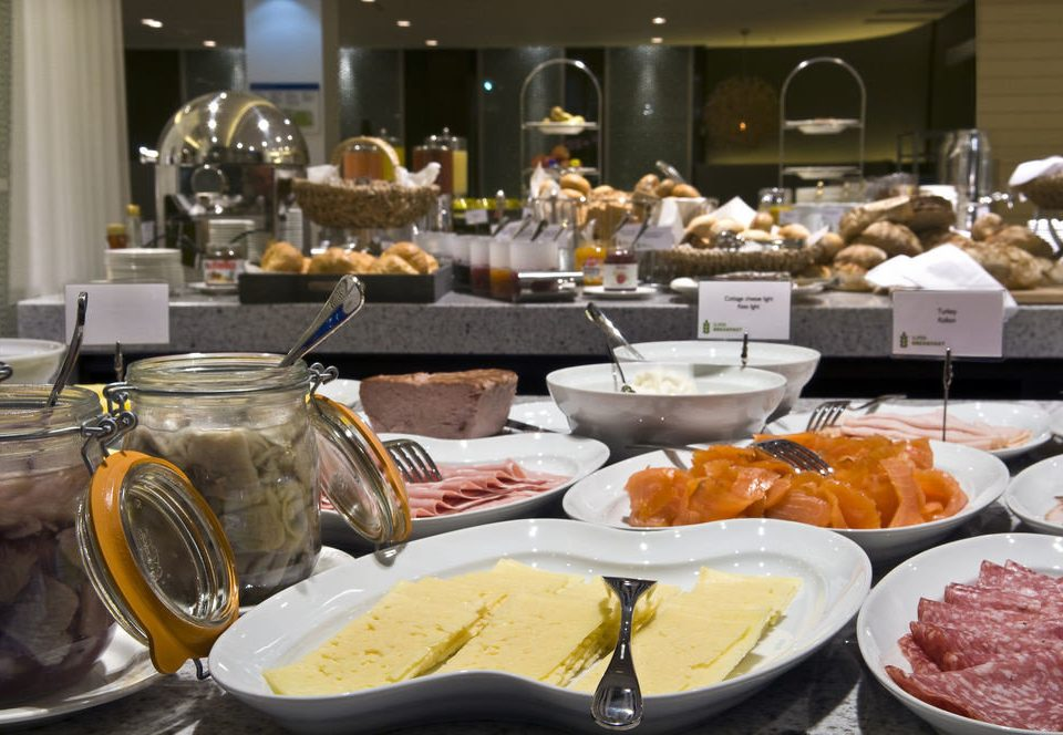 food plate brunch buffet breakfast supper lunch restaurant counter sense